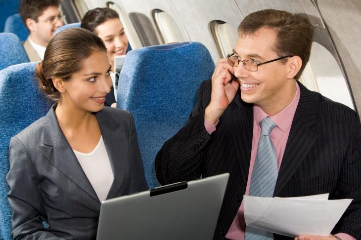 почему люди ведут себя в самолете как полные мудаки