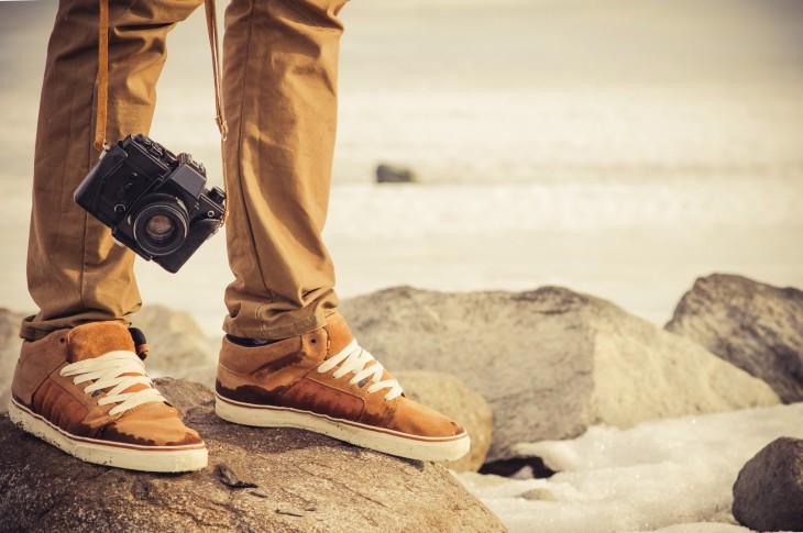 путешествует уже два года в обмен за услуги фотографа